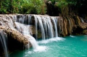 6880118-guangxi-waterfall-luang-prabang-laos