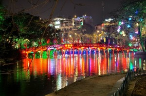 Hanoi-ay-night